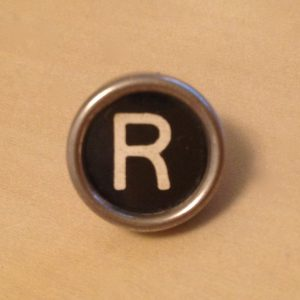 Black Letter R Typewriter Pin – Small